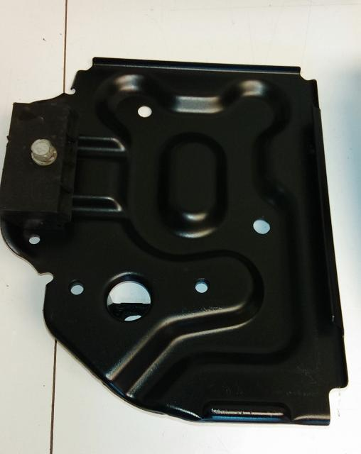 04-06 Pontiac GTO Battery Tray With Hold Down 92111003 GM