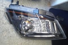 08-14 Cadillac CTS-V Passenger Side Headlight HID 25897362